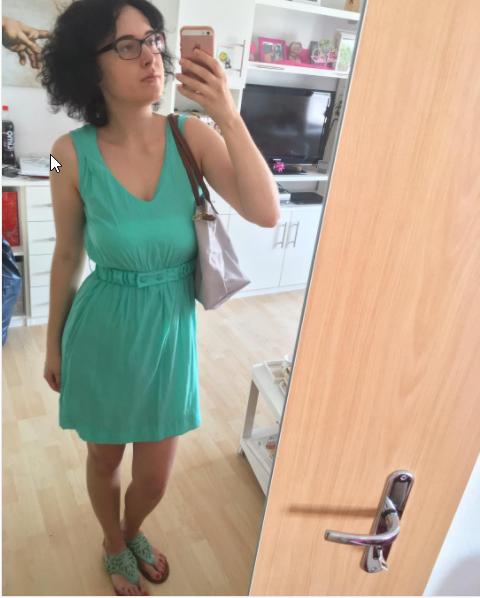 """2017-06-23 10_21_03-Maricette auf Instagram_ """"OOTD 👗👓 #ootd #turquoise #türkis #buffaloshoes #sand"""